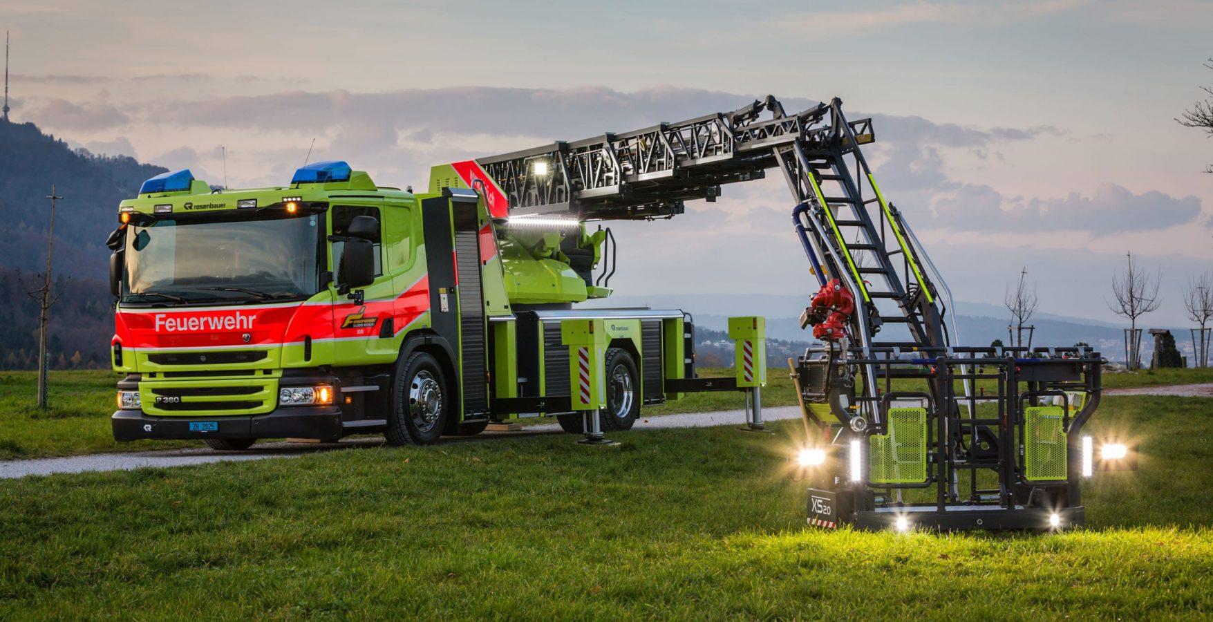 Feuerwehr Kirue Fahrzeug Drehleiter 6